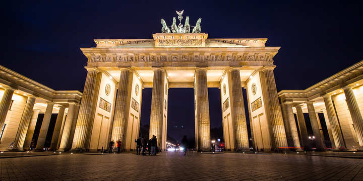 BrandenburgerTor_Flickr-Groman123_CC-BY-SA-20