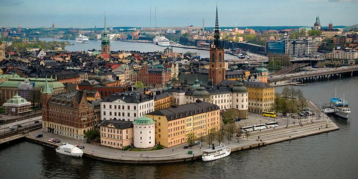 [Video] Rechtsradikale stören Stockholm Pride