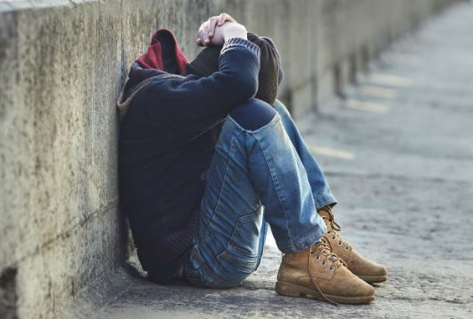 Obdachloser Jugendlicher