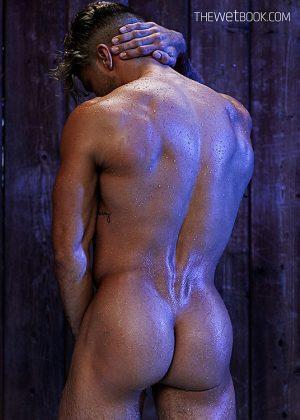Dylan Rosser: Wet