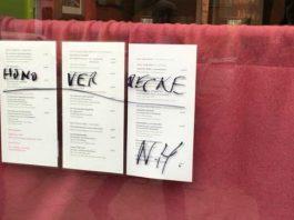 Schmierereien auf dem Restaurant Sissi