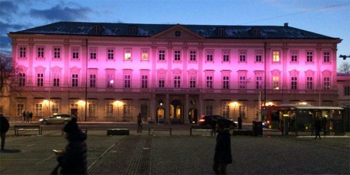 Schloss Mirabell in pink