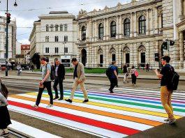Regenbogen-Zebrastreifen in Wien
