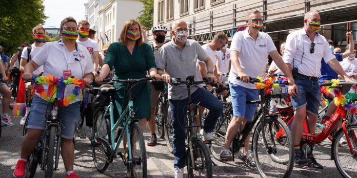 Politiker beim Hamburg Pride 2020