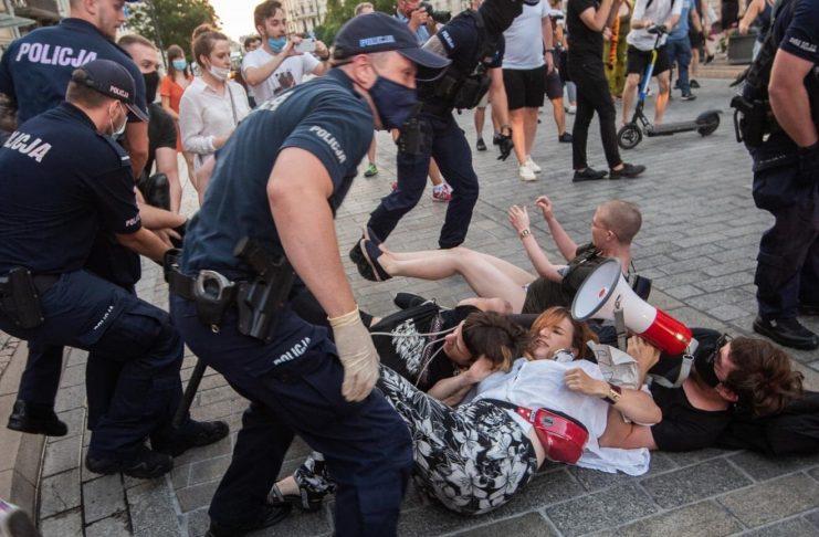 Ausschreitungen in Warschau