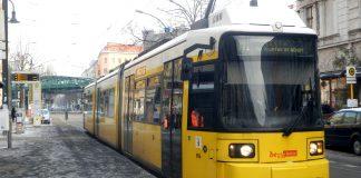 Berlin: Straßenbahn M1