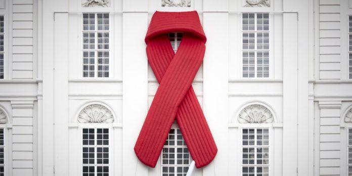 Red Ribbon auf der Hofburg