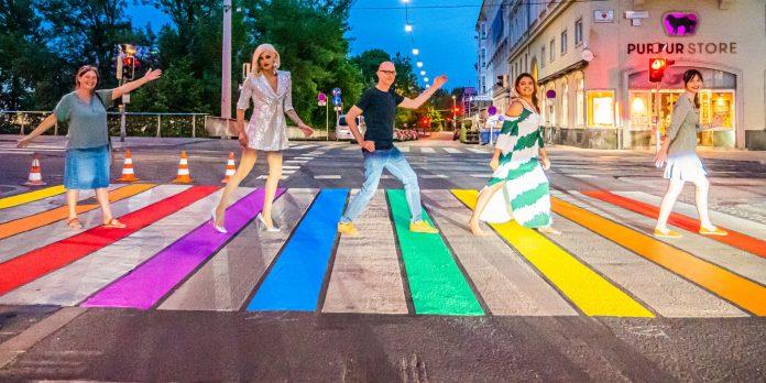 Regenbogen-Zebrastreifen in Graz